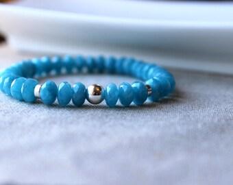 Blue Agate Stone Stretch Bracelet / Sky Blue and Sterling Silver Bracelet / Stackable Semi Precious Gemstone Bracelet / Easy to Wear Stretch