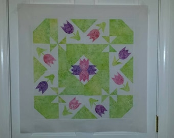 Tulips Quilt Top, Pre Designed Wall Hanging Top, Appliqué Wall Hanging Top, Quilted Wall Hanging Top, Arrives Ready to Quilt.
