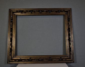 18x22 Frame Gold Vintage Ornate Wood with Optional Custom Cut Matting