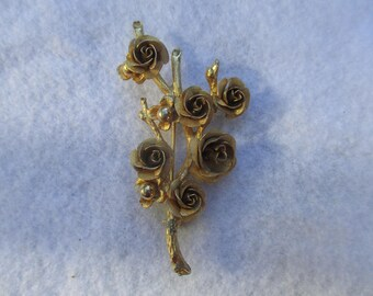 Gold Roses Bouquet Pin Brooch Vintage 1950's Metal
