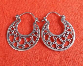 Balinese Sterling Silver Hoop Earrings / silver 925 / Bali handmade jewelry / 1.25 inch long