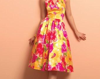 Butterick 5209-Pin up Dress Marilyn Monroe Halter Dress Cap Sleeve Gathered Flared Dress  1947 Vintage Size 6-12