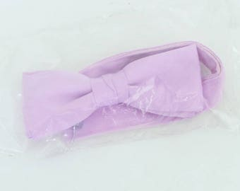 Vintage (70's/80's) Unlabeled light pink-purple polyester clip-on bow tie