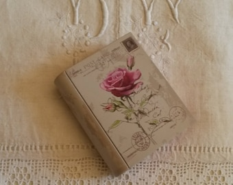 Box shabby metal book / box Pincushion / sewing box