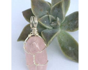 rose quartz pendant necklace, wire wrapped jewellery, rose quartz jewellery, gemstone pendant, Mothers Day gift for her, pink stone pendant