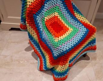 RETRO RAINBOW Granny Square Crochet Blanket