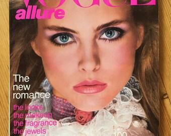 November 1980 Vogue Gia Carangi Kim Alexis Brooke Shields Scavullo Avedon Penn