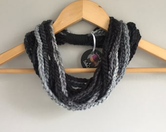 Black Scarf Necklace / Gray Scarf Necklace / Chunky Crochet Scarf / Boho Clothing / Indie Clothes