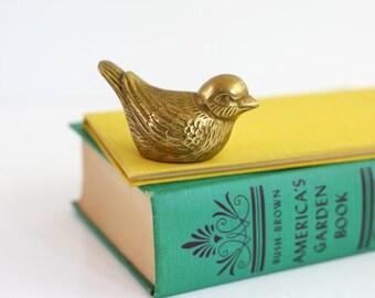 Vintage Brass Bird Figurine / Mid Century Brass Bird Paperweight / Vintage Brass Figurine
