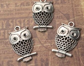 10 Large Owl Charms Owl Pendants Antiqued  Tibetan Silver Tone 20 x 30 mm