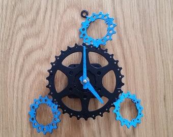 4 gear wall clock, blue mottling