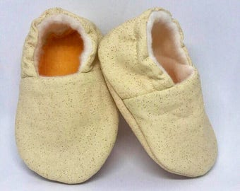 Soft Baby Shoes – Gold Sparkles on Tan