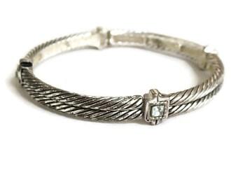 Light Peridot Green Rhinestone Bracelet Vintage Etched Silver Tone Stretch
