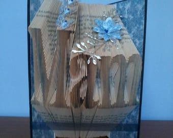 """Lovely """"Mam"""" gift book sculpture"""