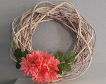 Simple Twisted Wooden Wreath