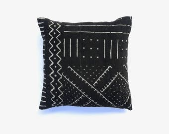 Mud cloth Pillow Cover 20 x 20   African Mudcloth Cushion Cover Boho Pillow African Mudcloth Pillow Tribal Fabric Throw Pillow Tribal Pillow
