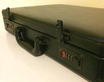 Vintage black leather attaché case, leather briefcase, briefcase with lock, hard shell case,