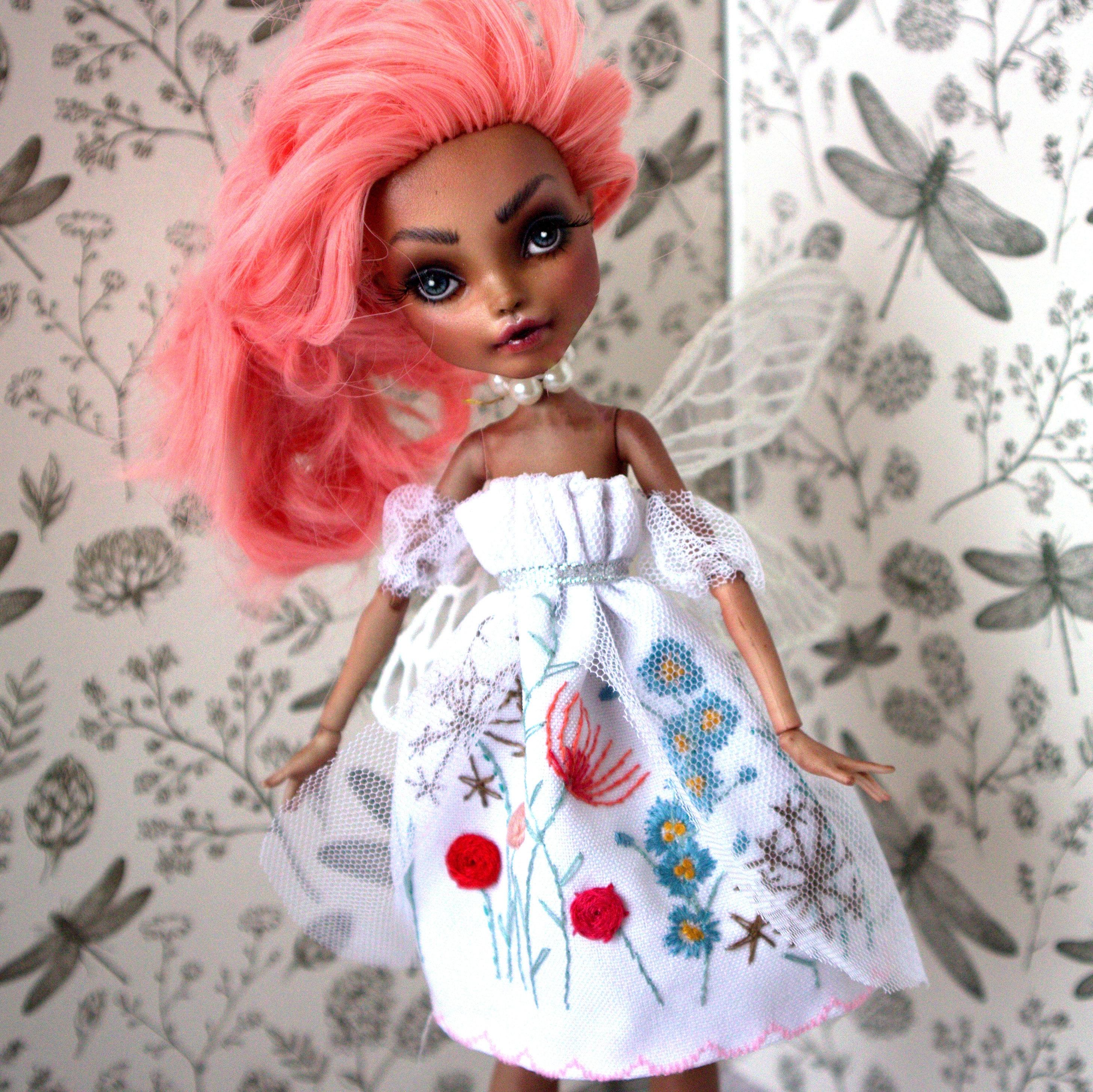 Elfsie Bell eine Garten-Fee / OOAK Monster High Puppe