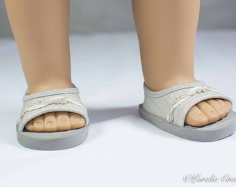 18 inch doll SHOES SANDALS beach flip flops peeptoe flats in Beige Gray Taupe Linen Look Vinyl with Linen Trim for Dolls like American Girl