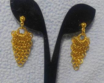 SALE! Vintage Gold Chain Dangling Earrings - Pierced (was 6.00)