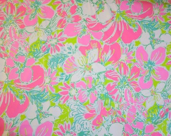 Lilly Pulitzer Fabric Dobby Cotton Don't Give A Cluck Flamingo Pink