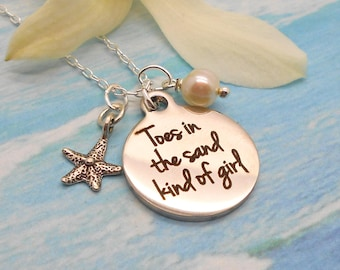 Beach Jewelry, Toes in the Sand Kind of Girl with Sterling Starfish and Freshwater Pearl, Beach Wedding, Pearl Necklace