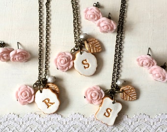 Ivory and Blush Wedding Party Gifts, Bridesmaids earrings, Set of necklace and earrings for Bridesmaid, Set of 3