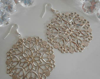 Matte Silver carved flower cabochon earrings