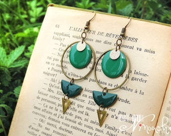 Long geometric earrings retro emerald green light golden jungle tropical brass circle triangle forest leaf hoop