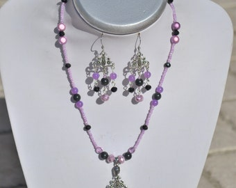 black and lilac set