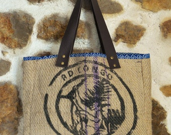 Handmade tote bag in Burlap - recycled coffee bag and genuine leather straps - medium
