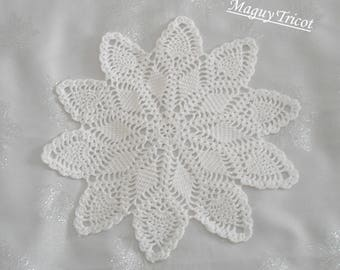 Doily Rose star cotton, white