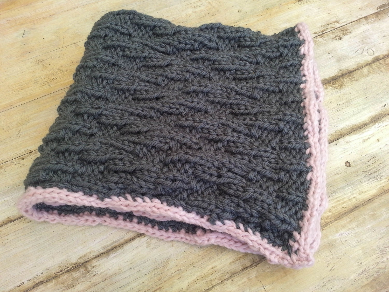 Knitting pattern baby blanket super chunky yarn chic zoom bankloansurffo Image collections