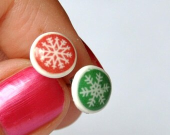 Stud Earrings, red and green snowflake - Christmas, Christmas gift