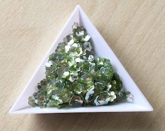 "Glitter / floral Bowl ""olive silver iridescent"" 6 mm in bulk"