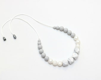 Silicone Teething Necklace | Nursing Necklace | Breastfeeding Necklace | Teething Necklace | Chewelry | Teething Jewelry | Marble and Pearl