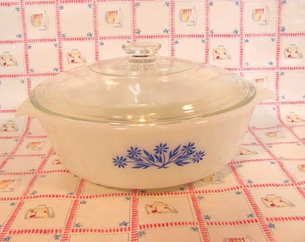 Anchor Hocking Casserole Bowl with Lid / Blue Corn Flower Anchor Hocking Casserole Bowl