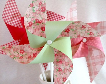 Paper Pinwheels Twirling Pinwheels Polka Dot Pinwheels Pinwheel Favors 6 Large Pinwheels Baby Shower Favors Wedding Decoration Wedding Favor