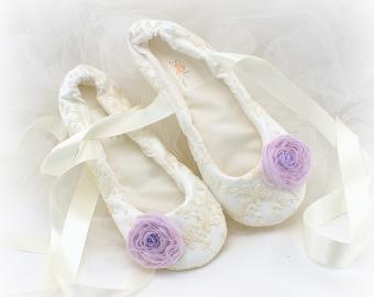 Wedding Ballet Flats Shoes Lilac Ivory Wedding Flat Shoes Lace Ballet Slippers Shoes for Brides Elegant Vintage Bridal Flats Shoes