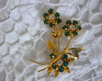 Sweet Vintage Gold Floral Brooch Green Stones