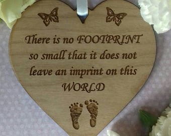 Baby Loss HEART Sympathy Miscarriage Stillbirth Remembrance Gift, Infant Bereavement In Memory Wooden Engraved Memorial footprint