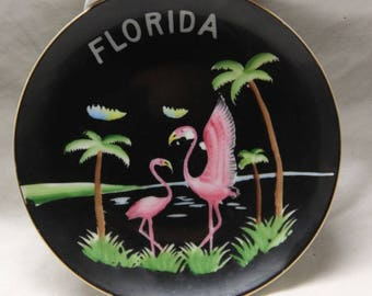 Pink Flamingo / Florida collector plate - David Vann collection