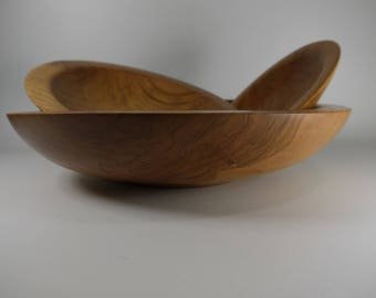 Cherry wood nesting bowl set