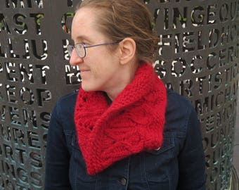 Bulky Hand-Knit Adult Cowl//Knitted Neckwarmer//Cables and Lace//Alpaca and Wool Blend//Snowdrop Lace Cowl