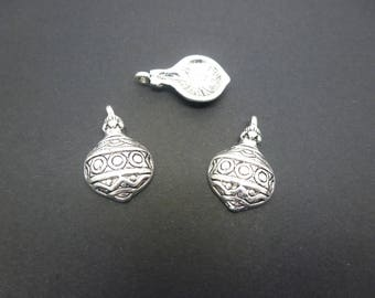 2 ethnic charms rounded 22 * 13mm antique silver (XBA01)