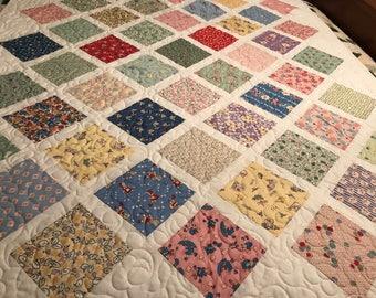 Sweet 30's Lattice quilt