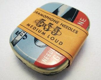 German Germany PRYM 555 Needles For The Gramophone Medium Loud Metal Tin Case. Early 20th-Century. Antique/Vintage.