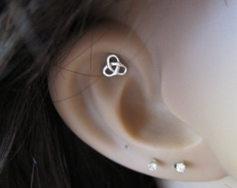 Sterling Silver Celtic knot Cartilage Earring, Tragus earring, Nose stud.