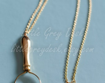 Mini Magnifying Glass Necklace, magnifying pendant, magnifying glass charm, gold magnifying glass, charm necklace, magnifying necklace