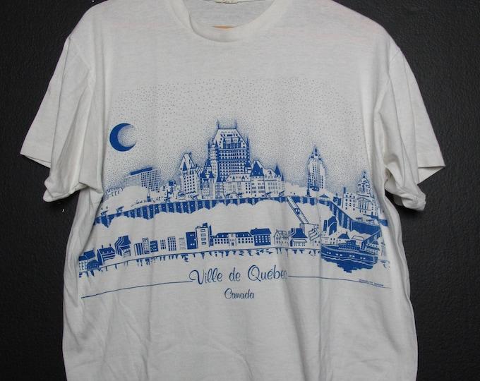 Ville de Quebec, Canada 1990's vintage Tshirt